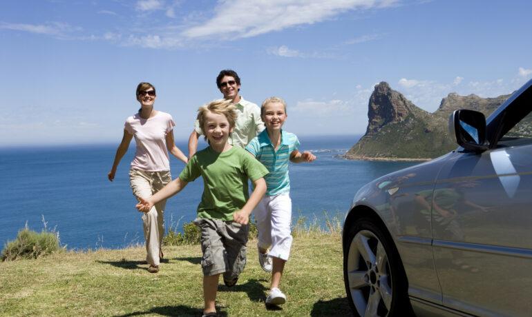 Куда отправиться в путешествие со своими детьми?
