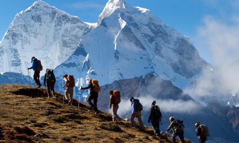 Горный туризм. Почему люди идут в гору