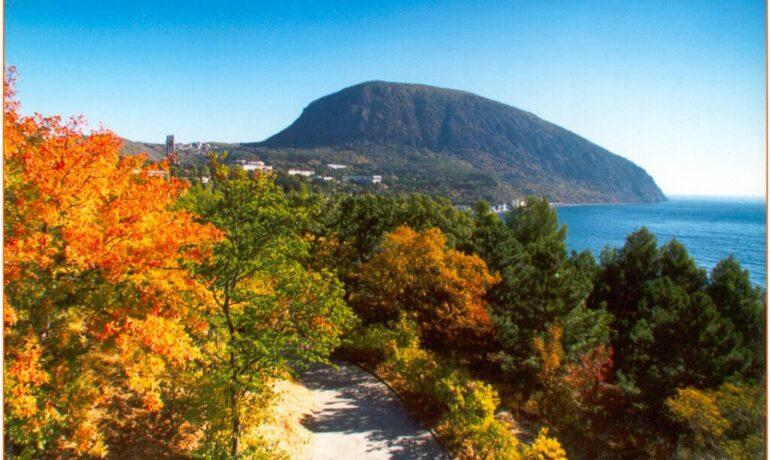 Куда поехать отдохнуть в октябре?