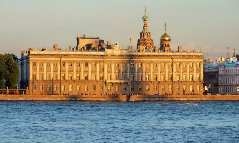 Лучшие достопримечательности Санкт-Петербурга - Мраморный Дворец