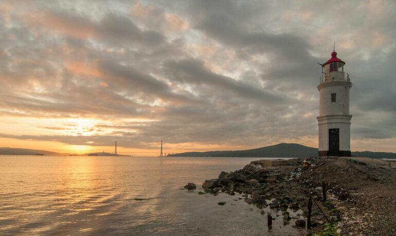 Владивосток – достопримечательности бухты Золотой Рог