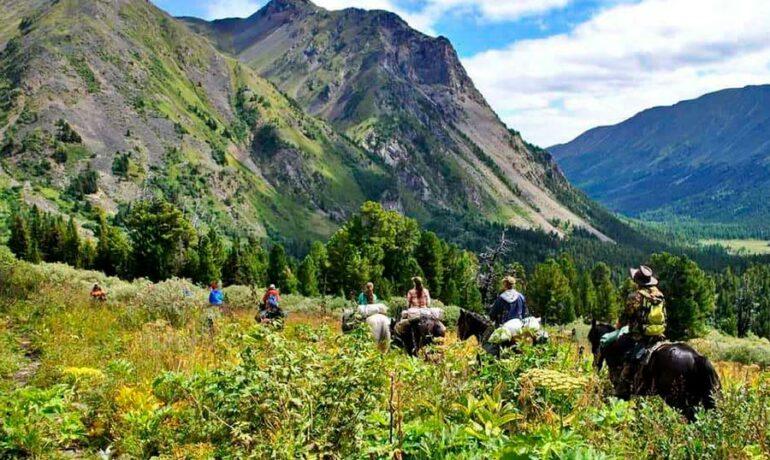 Туризм и экология. Как отдохнуть и при этом не навредить природе?