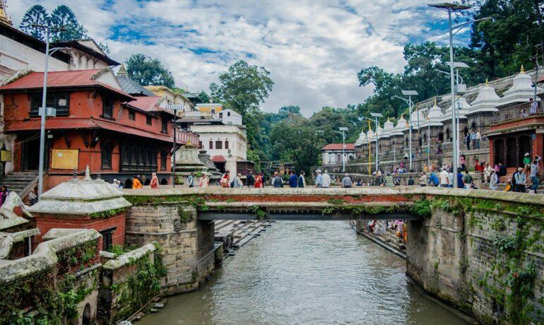 Катманду - город среди гор. Чем заняться в  столице Непала?