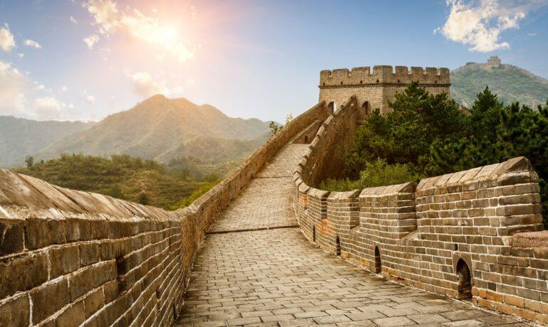 Самый протяженный памятник. Великая Китайская стена