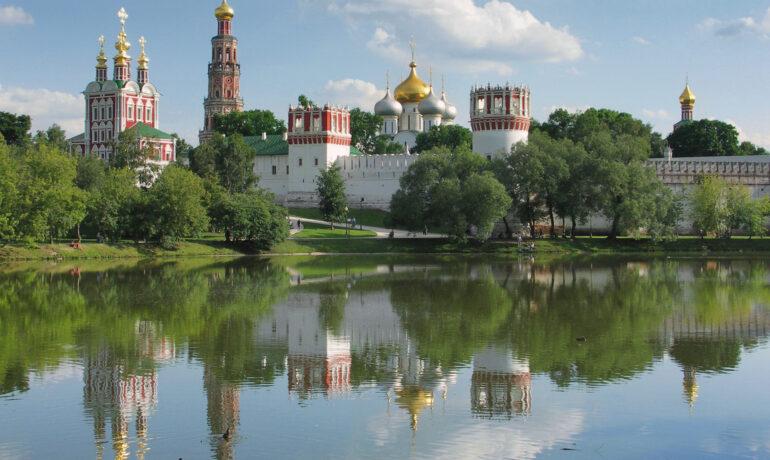Экскурсия по Новодевичьему монастырю и кладбищу
