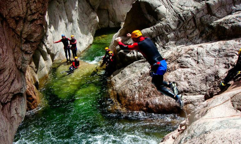 Какое место лучше всего подойдет для занятия каньонингом