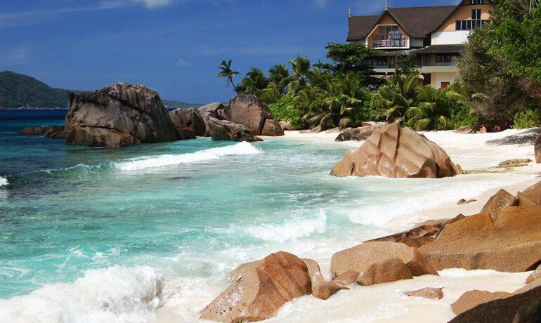 Безмятежное плавание на Сейшельских островах