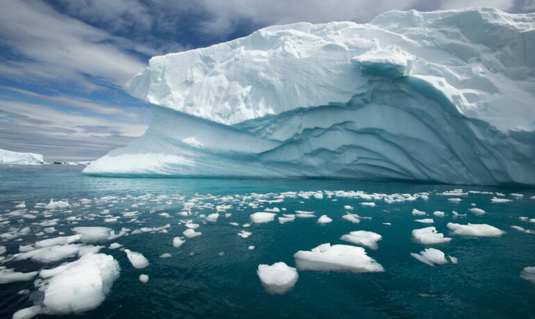 Антарктида - край озёр