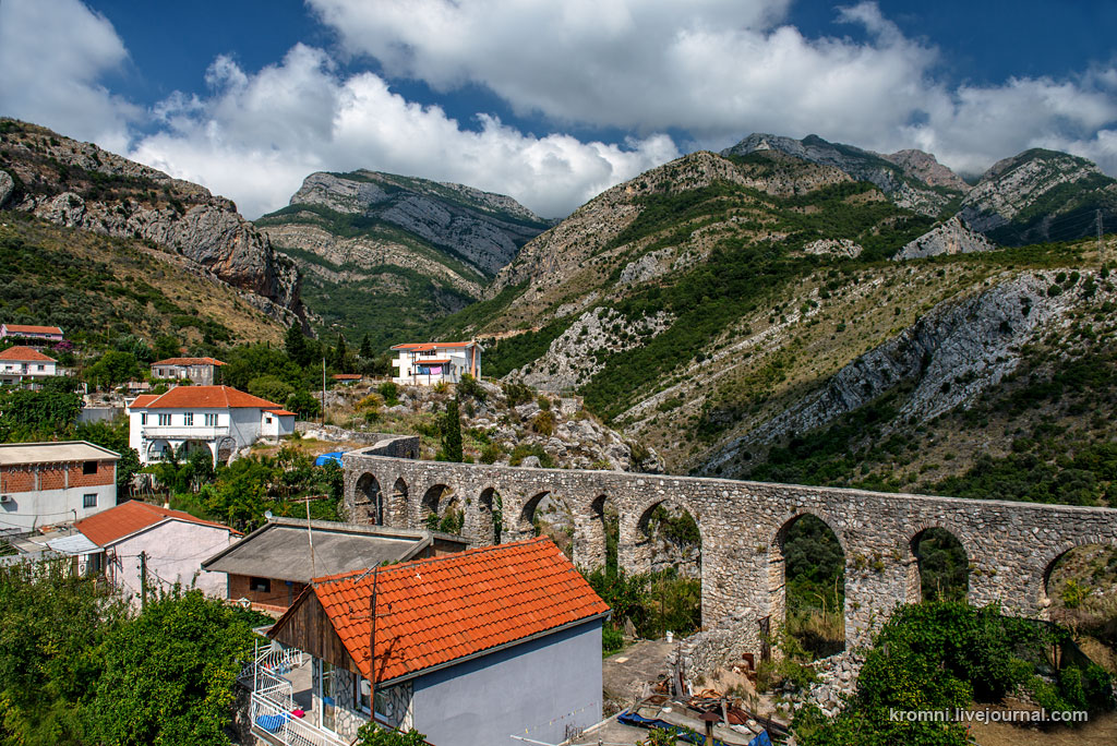 Древний город Старый Бар в Черногории