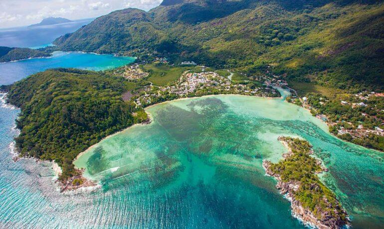 5 роскошных отелей на Сейшельских островах
