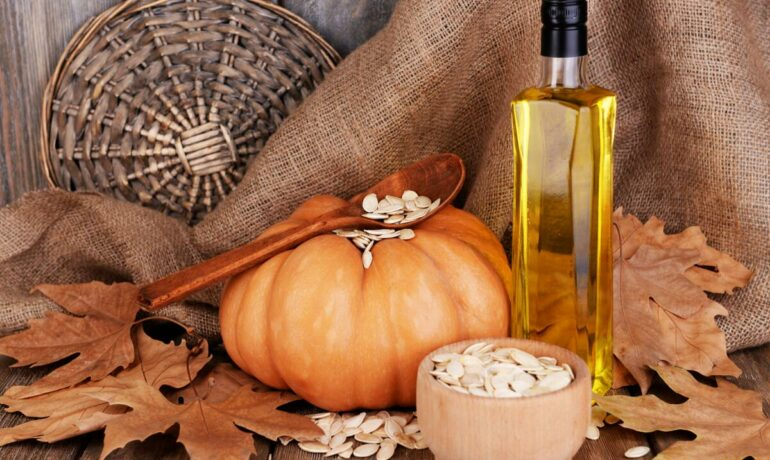 Тыквенное масло. Польза, особенности применение, использование в кулинарии, косметологии, медицине