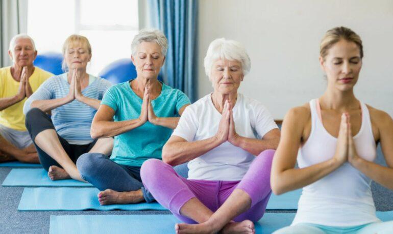 Физическая активность для пожилых людей