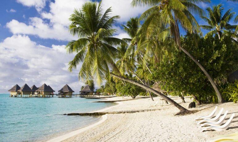 Удивительные пляжи, где могут ждать неприятности
