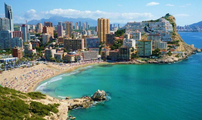 В жарких объятиях Испании
