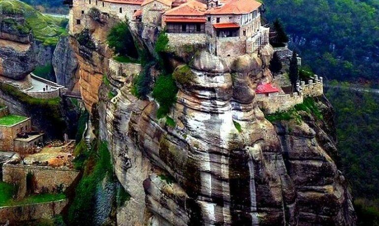 Падающие звезды и парящие монастыри Греции