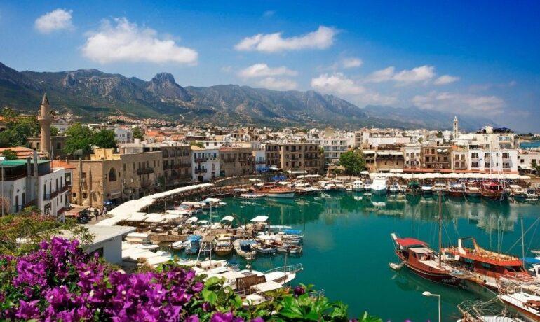 10 причин посетить Кипр. Прекрасные пляжи, древние города, вкусное вино и насыщенная ночная жизнь
