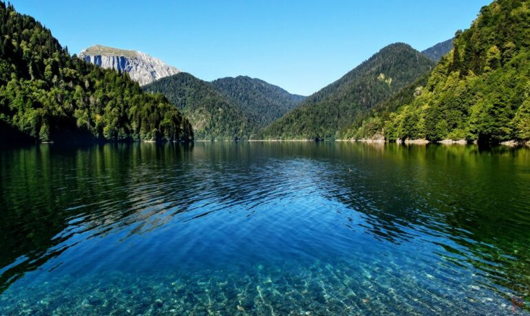 Озеро Рица - жемчужина Абхазии