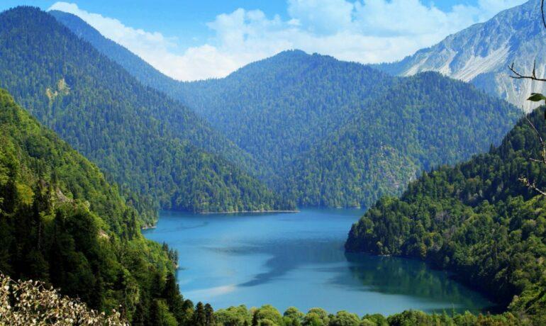 Яркая, колоритная и неизведанная Абхазия. Что обязательно нужно посмотреть?