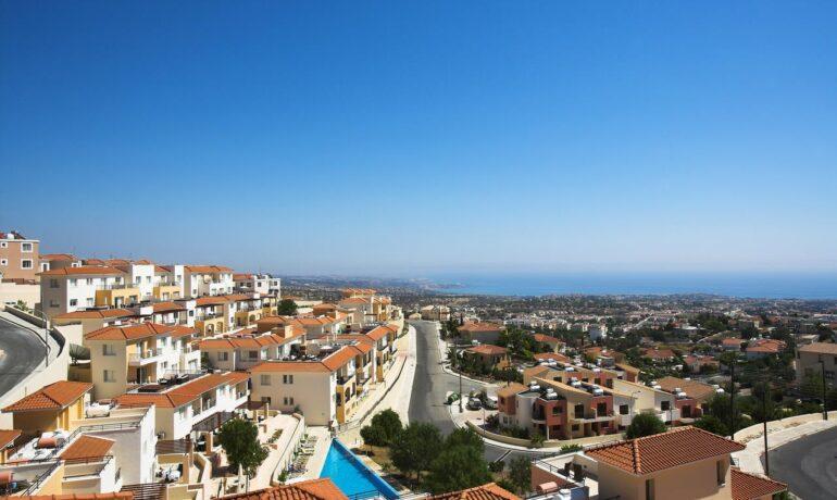 Курорт Пейя на Кипре: отдых в окружении моря и гор