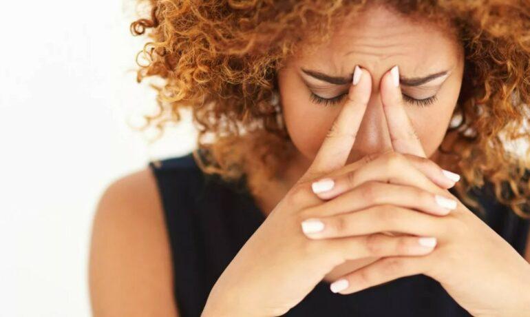 Поговорим об эмоциональном стрессе: почему и как он проявляется