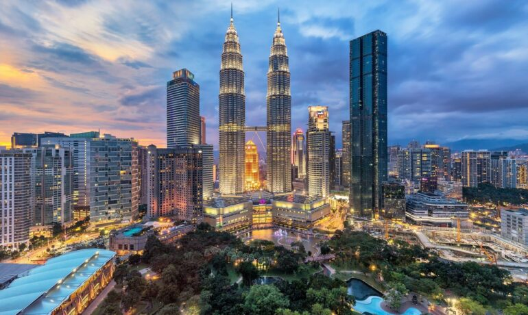 Куала-Лумпур - каменные джунгли Малайзии