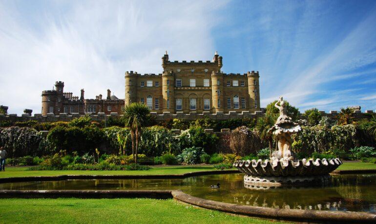 Дворцы и замки Шотландии