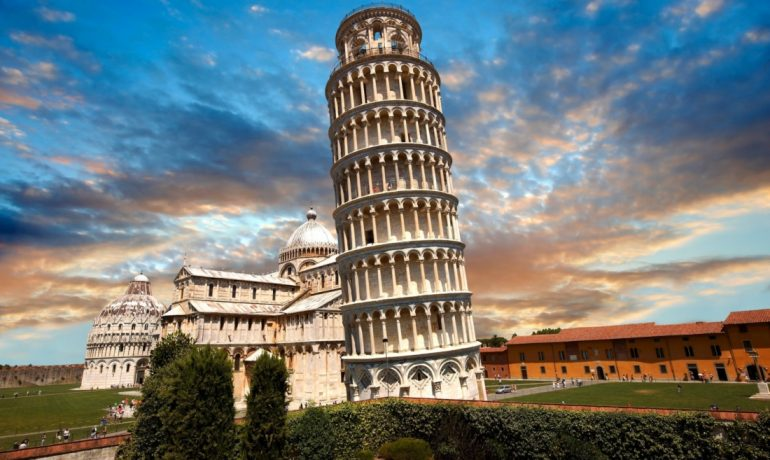 Чудо Пизы — Падающая башня, Италия