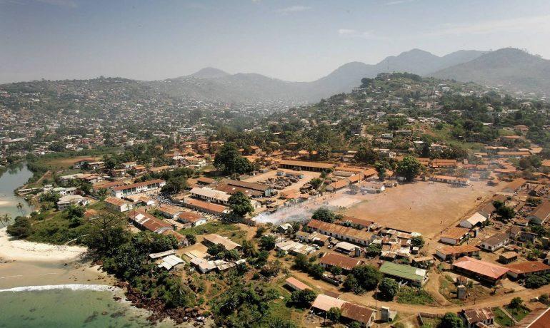 Сьерра-Леоне - маленькое прибрежное государство