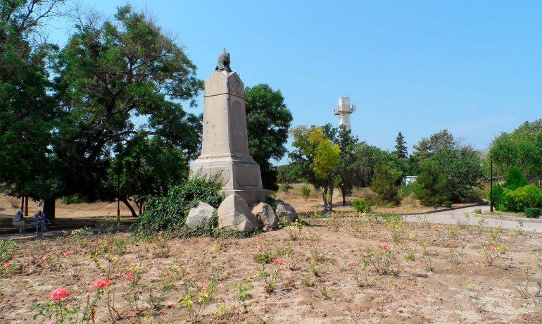 Достопримечательности Крыма: памятник Воинам 4-го бастиона в Севастополе