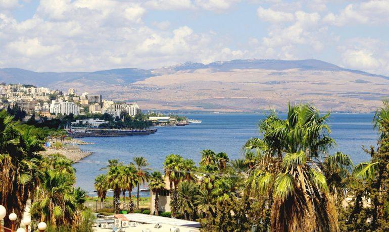 Чем заняться в Тверии (Израиль). Круизы по озеру Кинерет