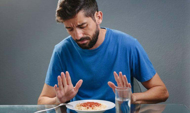 По каким причинам пропадает аппетит и что с этим делать