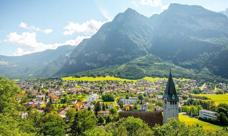 Лихтенштейн: непопулярная,  но красивая европейская страна