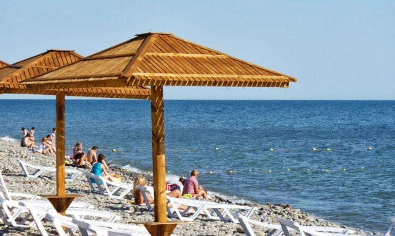 Любимые места россиян для летнего отдыха: топ лучших курортов!