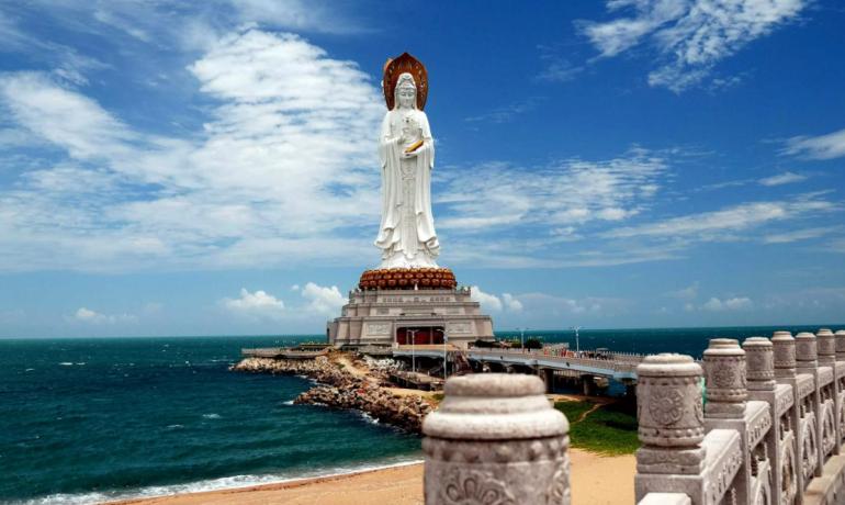 Хайнань, Китай - тропический остров в Китайском море