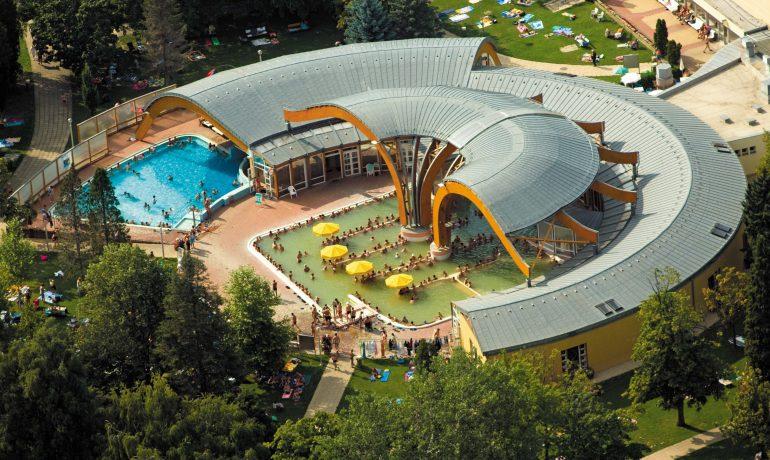 Термальные источники курорта Бюкфюрдо