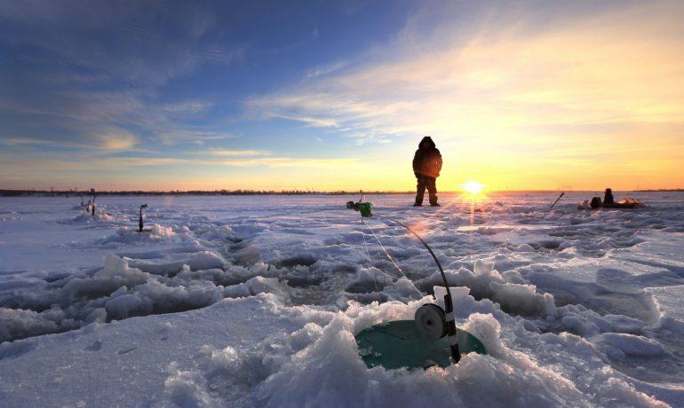 Ловля судака на реке в декабре