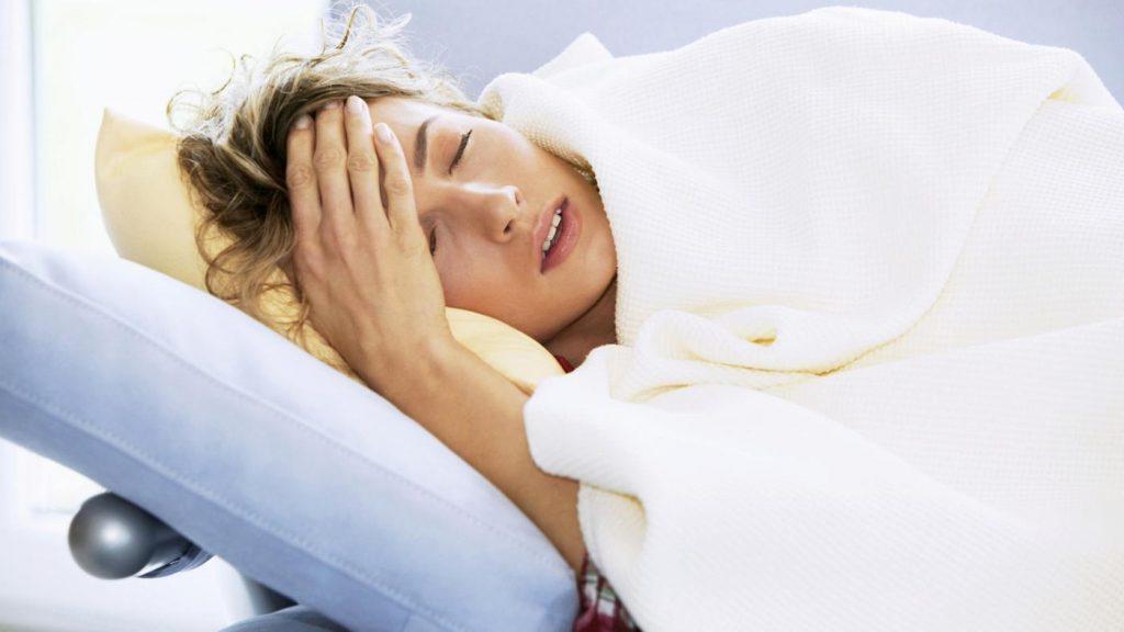 Опасный отпуск: 7 распространенных заболеваний, которые могут испортить отдых