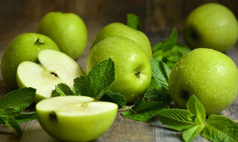 12 оздоровительных и целебных свойств яблок