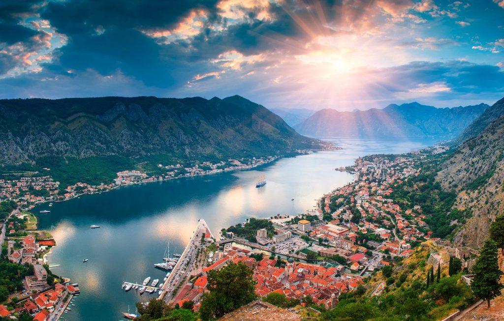 Выбираем время для долгожданного отдыха в Черногории