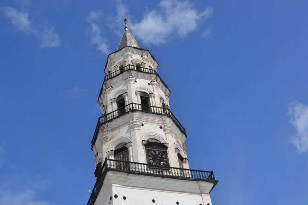 Кривая башня в Невьянске