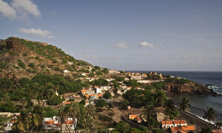 Сида-де-Велья, возникший как город Рибейра-Гранде