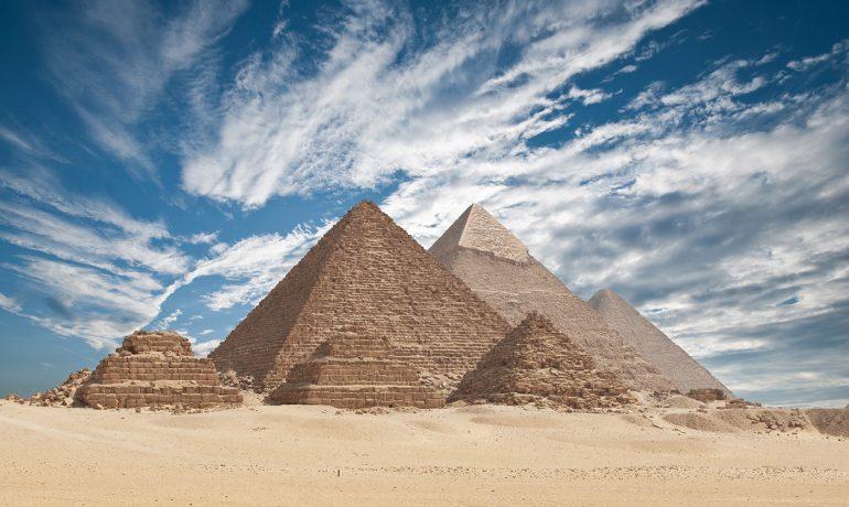 Египет: пирамиды Гизы и пустыня Сахара