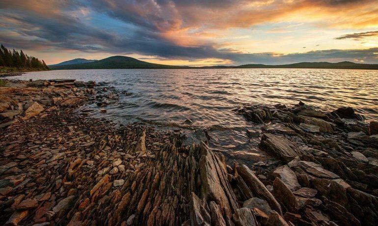 Какие тайны скрывает в себе озеро Зюраткуль?