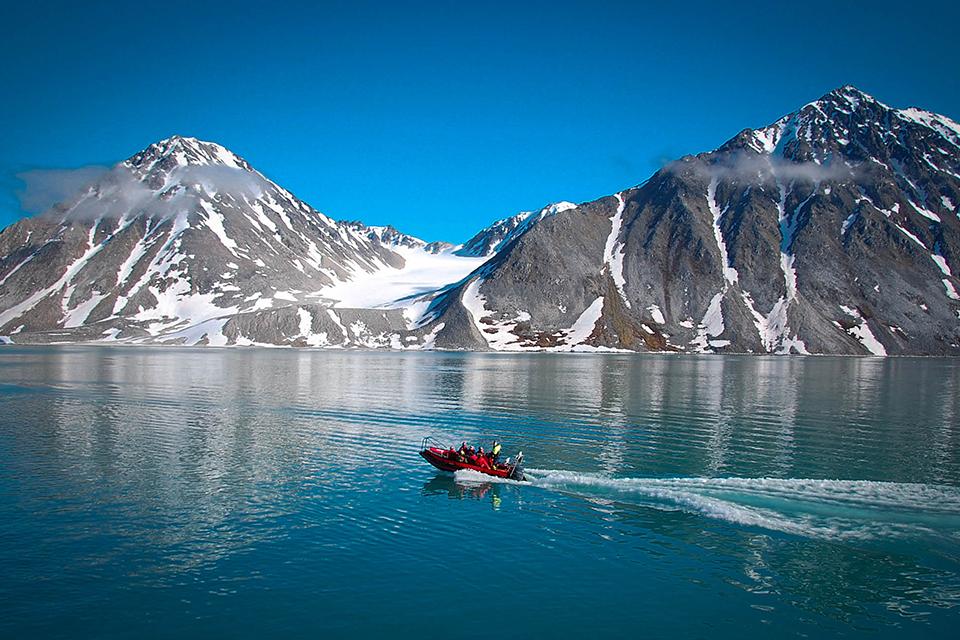 Шпицберген - край снега и холода