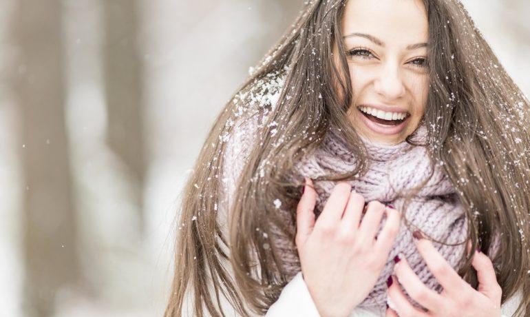 Зимние проблемы волос: каким аспектам стоит уделить особое внимание