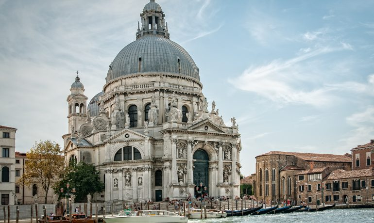 Христианские достопримечательности в Венеции: что нужно знать о фрагментах Креста Господня