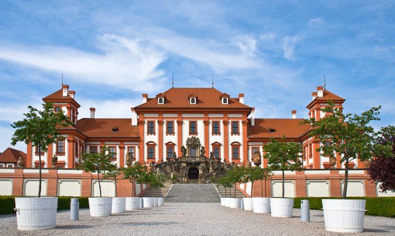 Всегда прекрасный Тройский замок. Чехия: Прага