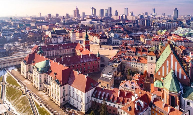 8 идей для дешевого осмотра достопримечательностей Варшавы, Польша