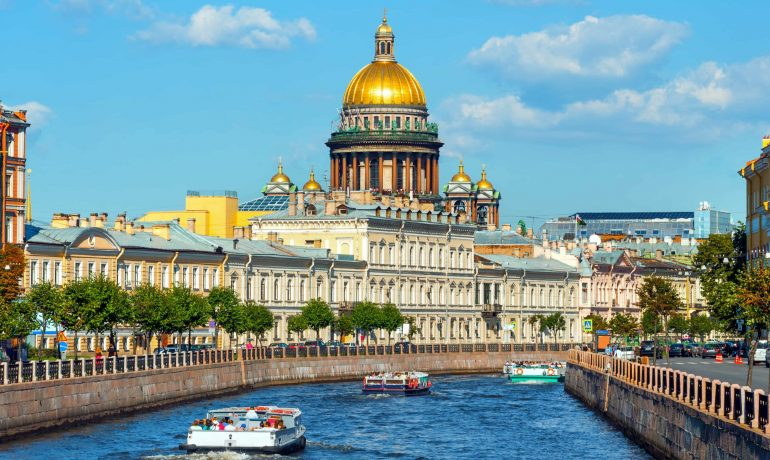 Санкт-Петербург: окно империи на запад