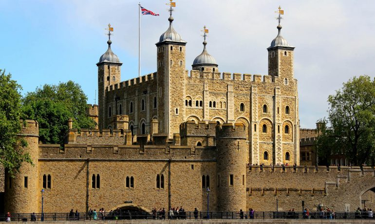 Лондонский Тауэр: история и достопримечательности